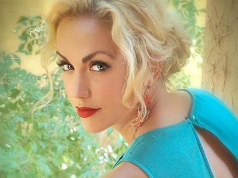 Savannah Singer